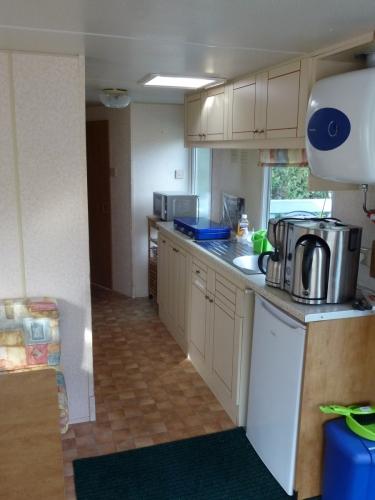 Küchenzeile im Mobilheim